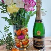 Le champagne G.Gruet et Fils vous souhaite un bon week-end de Pâques. 🐤🐇🥚🍫  🍾  Prenez soin de vous !  #champagne #champagnegruet #champagnegruetetfils #pâques #paques #oeufs #chocolats #oeufschocolats #cloche #cloches #fleur #fleurs